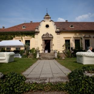 Esküvő a Pusztazámori kastélyban