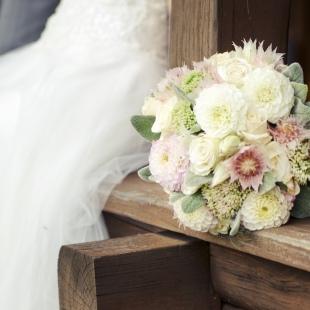 Fruzsiék esküvője a Petneházy Club Hotelben